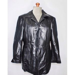 Danier Black Faux Leather Jacket Size Large